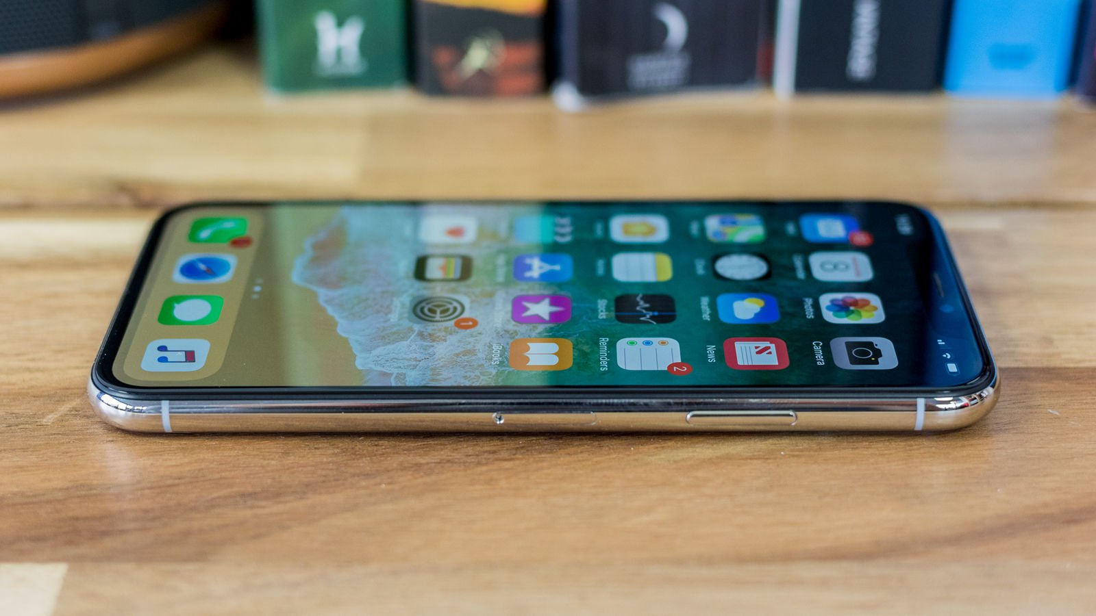 iPhone X review: Design & build quality